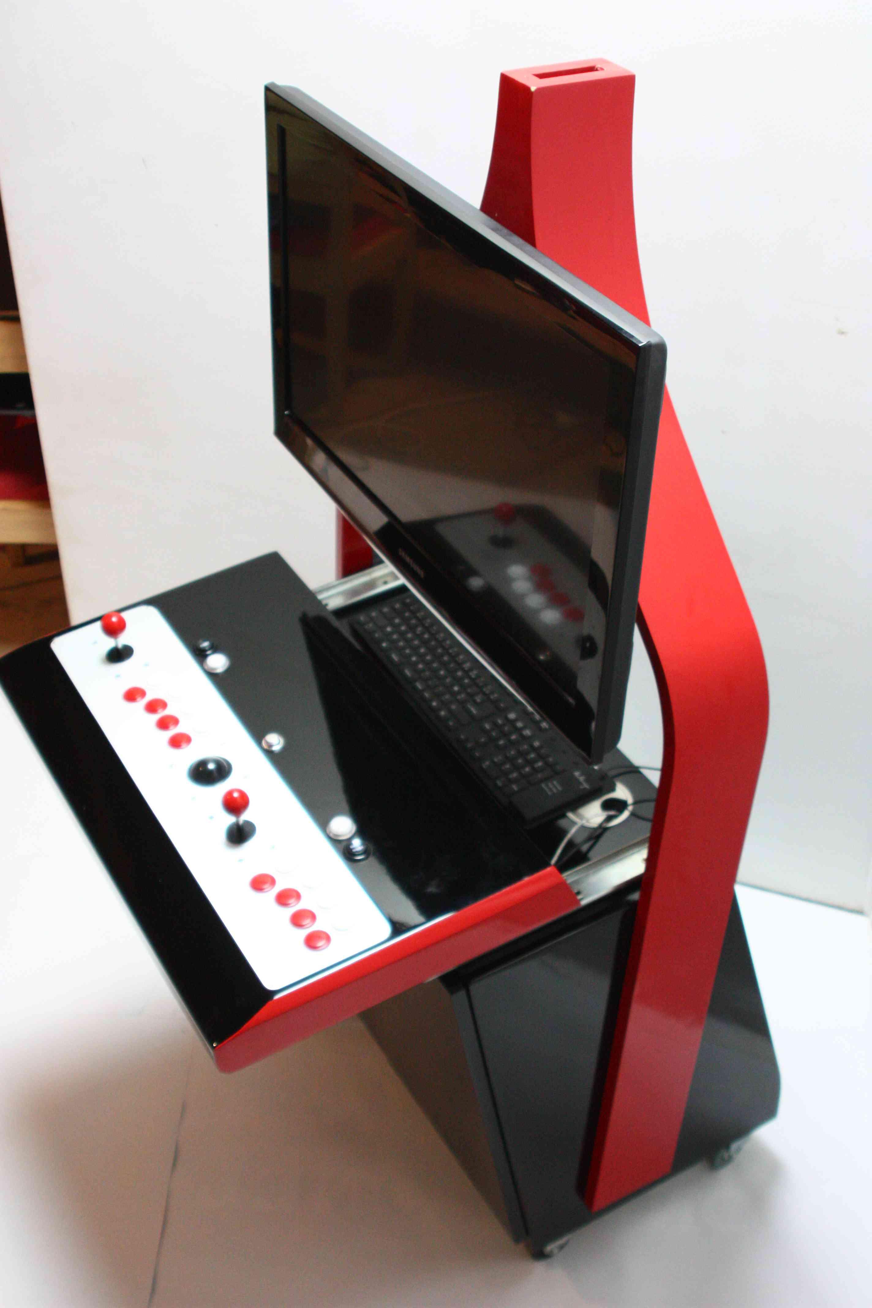 Fabulous Menuisier pour borne d'arcade personalisée et meuble Geek. QJ91