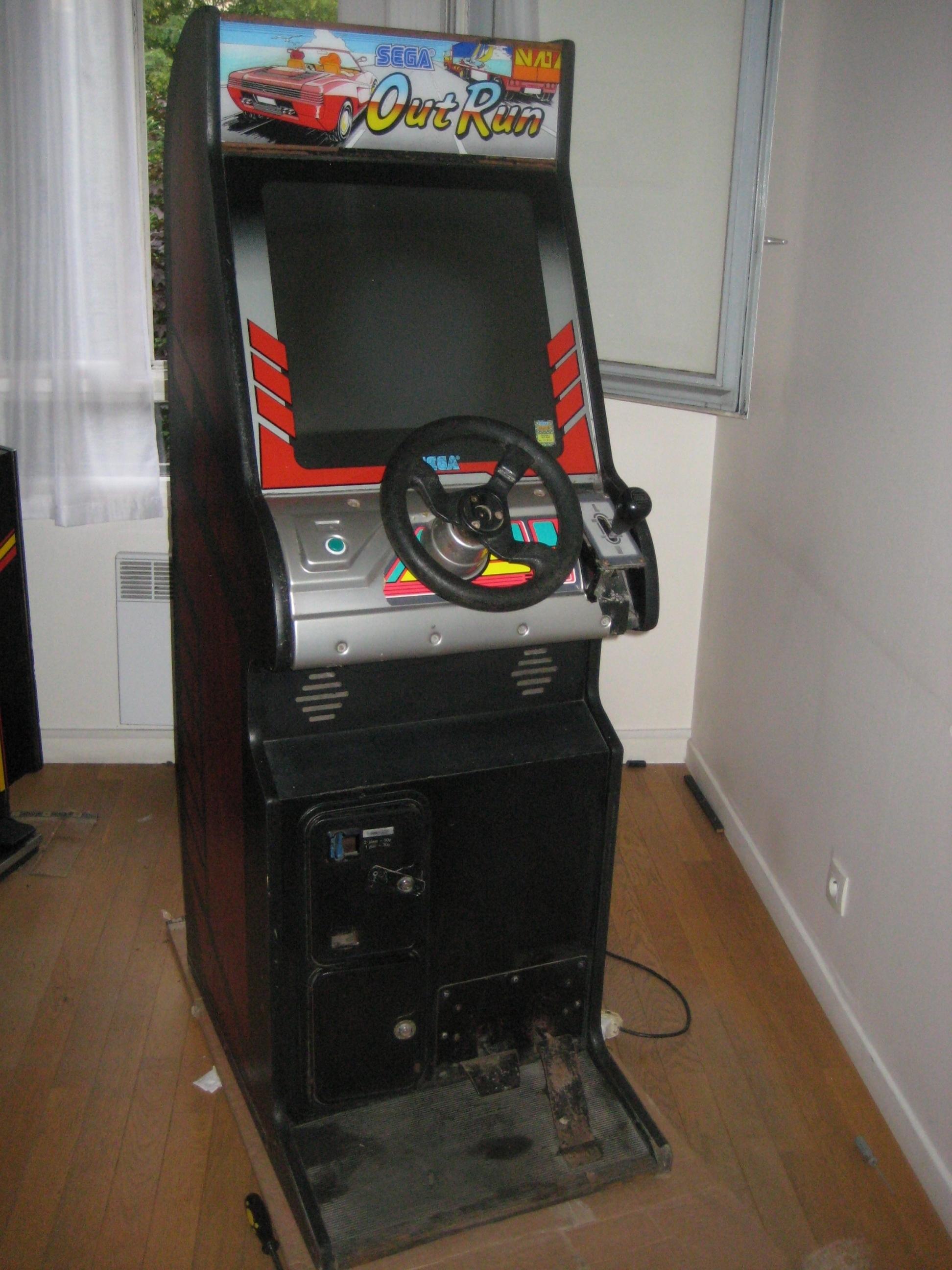 borne arcade outrun a vendre