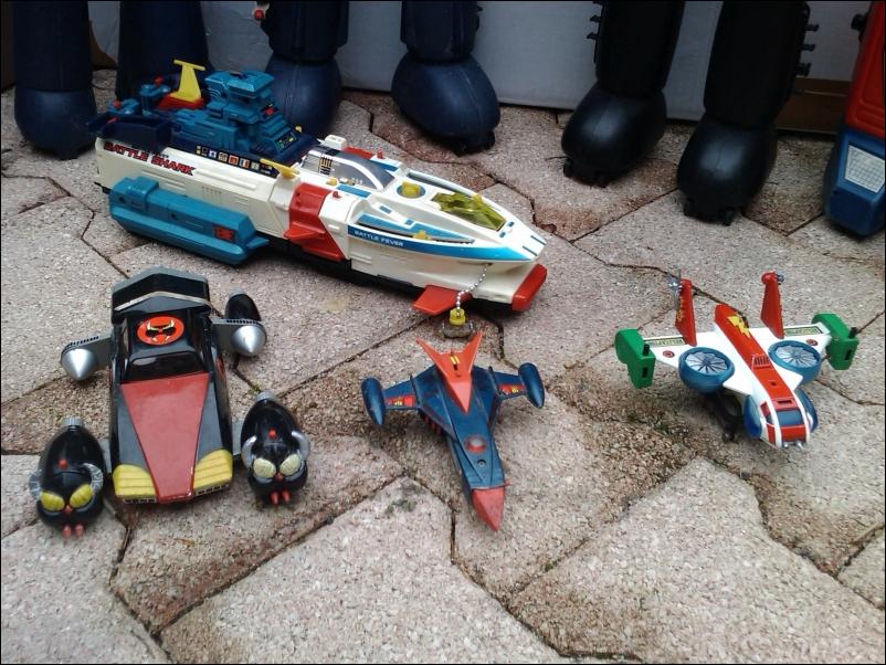 dans l'antre de la douce folie - Page 4 20180323191115-fiend41-IMAG4129-metal-jouets-popy-96-voiture-mad-phoenix-gatchaman-battle-shark